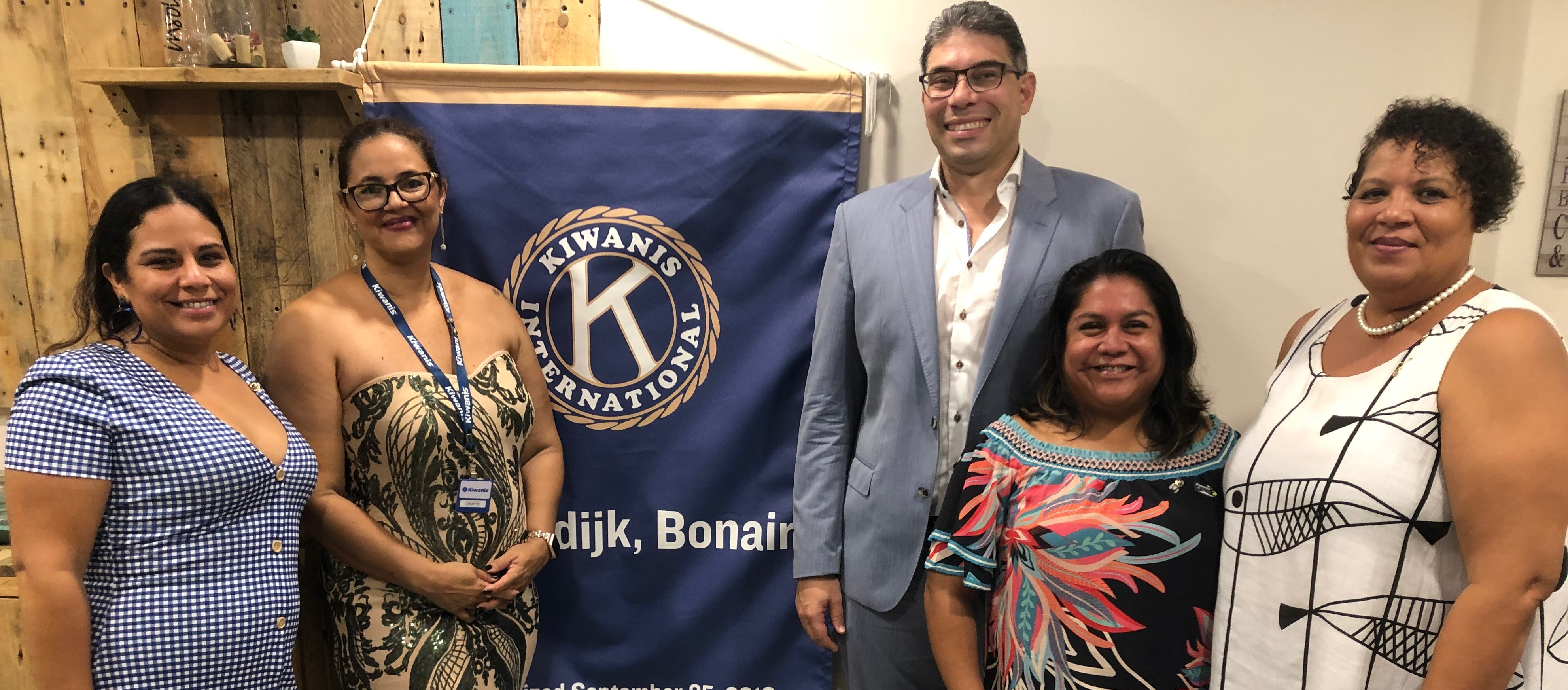 KIWANIS CLUB OF KRALENDIJK BONAIRE TA ANUNSIÁ DIREKTIVA NOBO PA 2019-2020