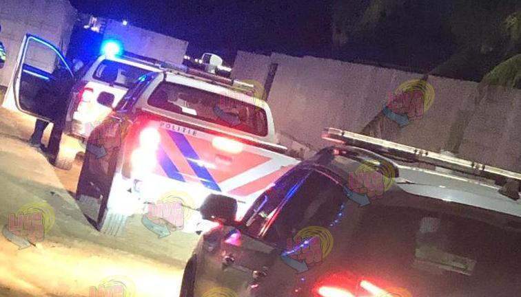 AGENTE POLISIAL TA HAÑ'E OBLIGÁ PA LÒS ALGUN TIRU DI ATVERTENSIA