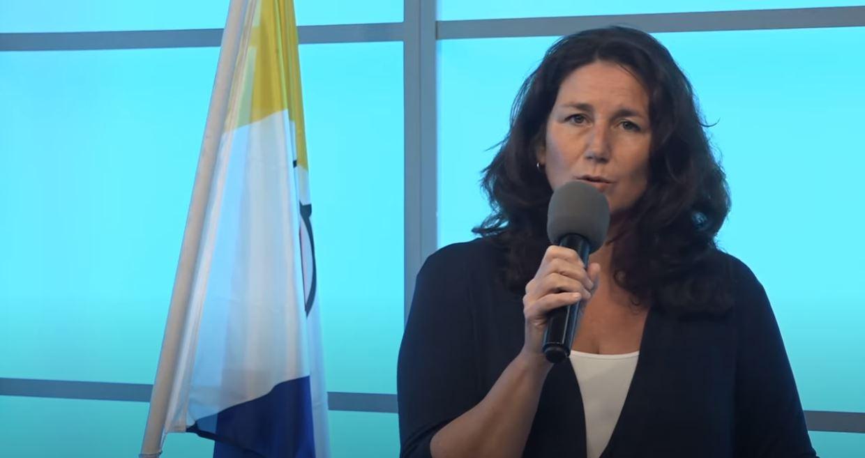 INGE BERBEN: IMPORTANTE PA NOS TIN BON BISTA RIBA VIOLENSIA DOMÉSTIKO