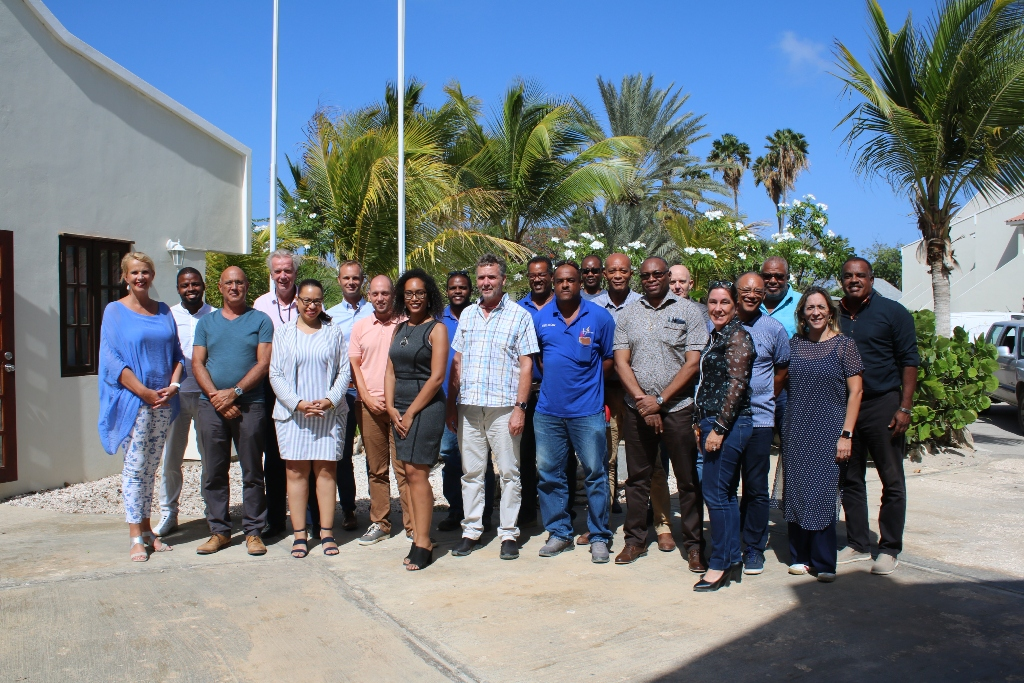 MBO BONAIRE TA BAI START KU ESTUDIO DI 'IT SYSTEMS AND DEVICES'