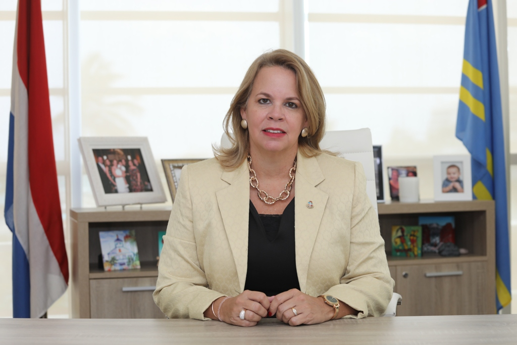 PROME MINISTER EVELYN WEVER-CROES: 'TA LAMENTA CU CODIGO ORAÑE A WORDO PONI PA ARUBA TAMBE SINEMBARGO E TA PERFECTAMENTE COMPRENDIBEL'