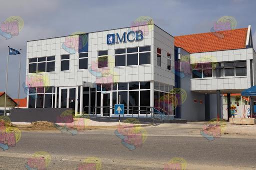 ANUNSIO IMPORTANTE DI MADURO & CURIEL'S BANK