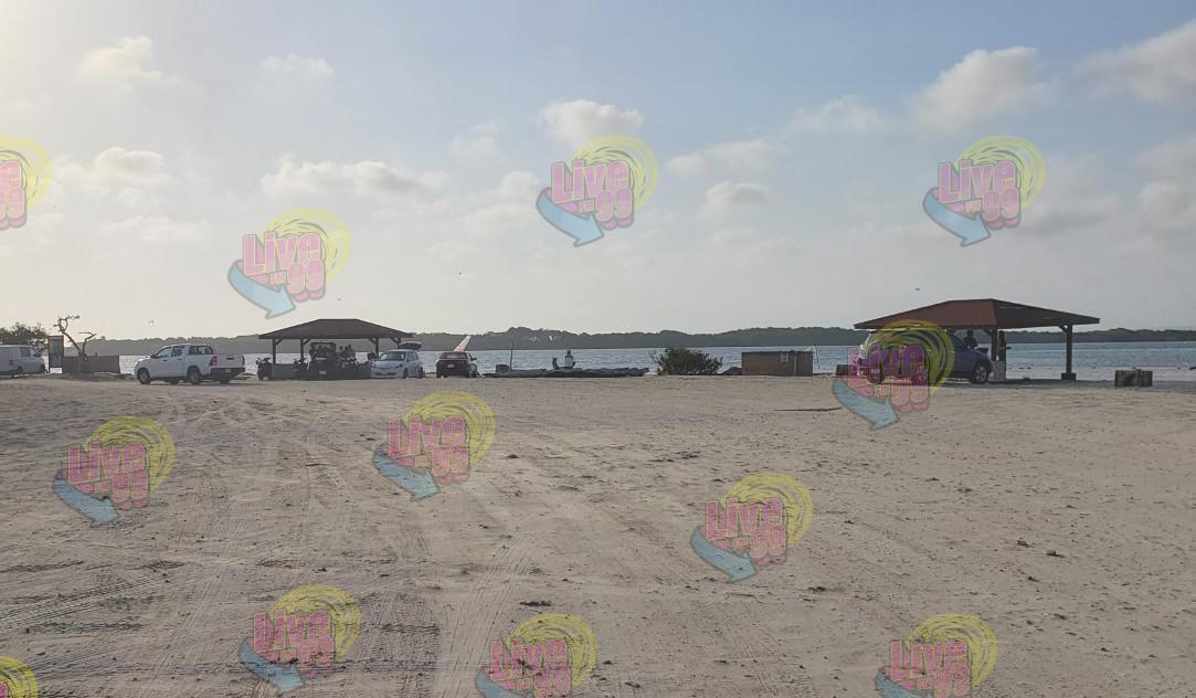 BIÈRNÈSANTU SOROBON BEACH BASHI